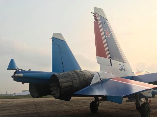 Cận cảnh chiến đấu cơ quái thú Su-30SM Hiệp sĩ Nga ở Việt Nam: Chỉ hai từ cực đẹp! - Ảnh 23.