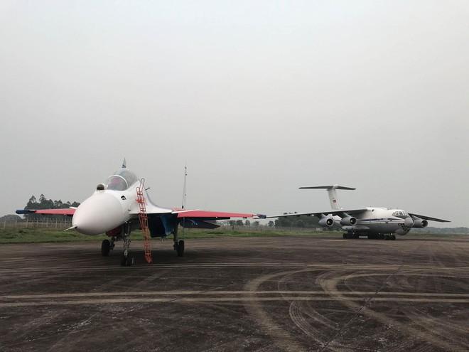 Cận cảnh chiến đấu cơ quái thú Su-30SM Hiệp sĩ Nga ở Việt Nam: Chỉ hai từ cực đẹp! - Ảnh 30.
