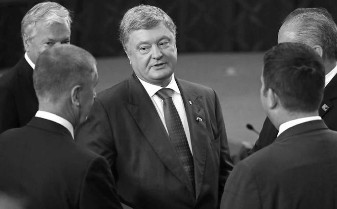Dưới thời TT Poroshenko, cuối cùng Ukraine cũng lập kỉ lục thế giới, nhưng là xếp thứ nhất... từ dưới lên!