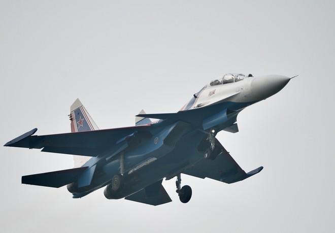 Cận cảnh chiến đấu cơ quái thú Su-30SM Hiệp sĩ Nga ở Việt Nam: Chỉ hai từ cực đẹp! - Ảnh 12.