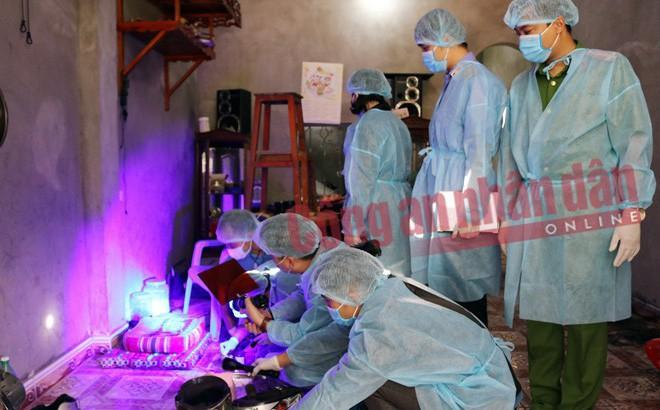 Sát hại nữ sinh giao gà: Khám nhà Bùi Văn Công thu được nhiều mẫu quan trọng