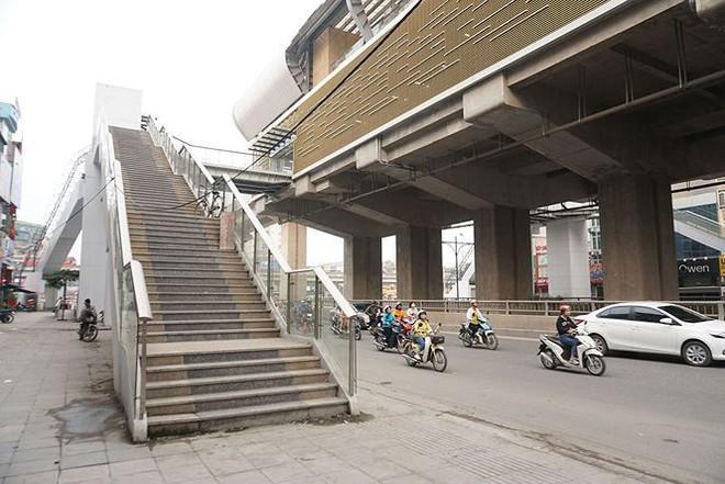Sau nhiều lần lỡ hẹn, đường sắt Cát Linh-Hà Đông đang xây dựng thế nào? - Ảnh 9.