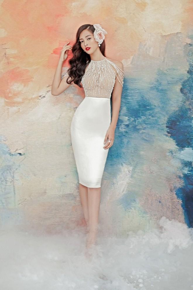 Hoa hậu Tiểu Vy gợi cảm và quyến rũ ở tuổi 19 - Ảnh 2.