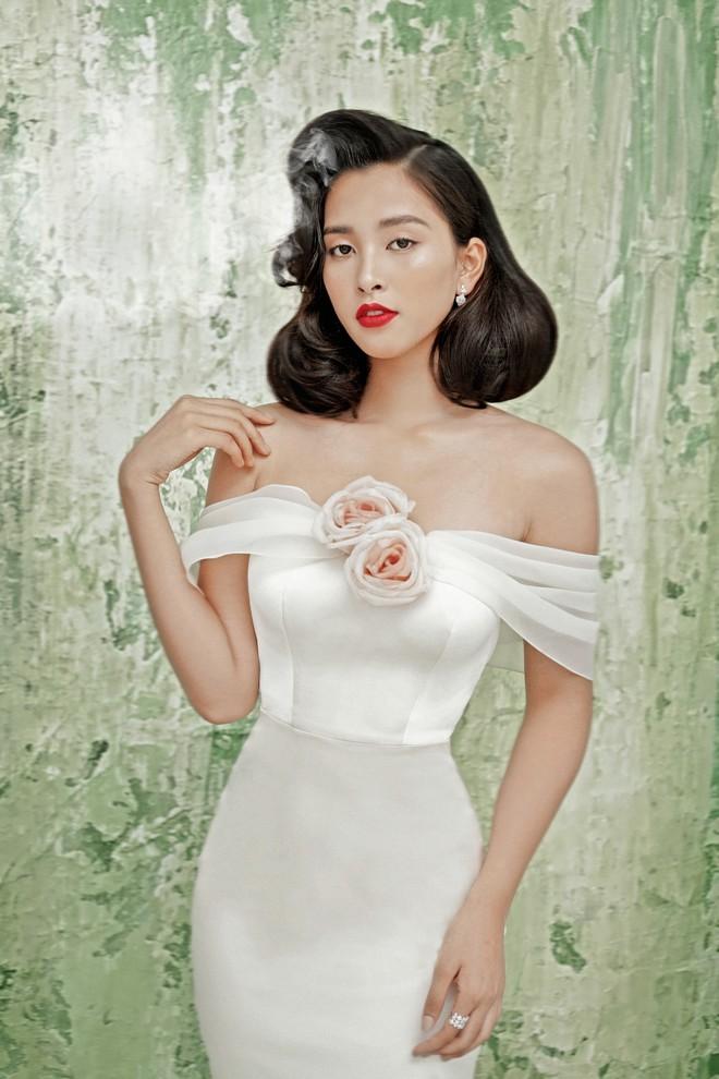 Hoa hậu Tiểu Vy gợi cảm và quyến rũ ở tuổi 19 - Ảnh 6.