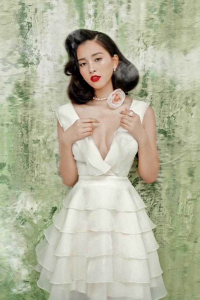 Hoa hậu Tiểu Vy gợi cảm và quyến rũ ở tuổi 19 - Ảnh 5.