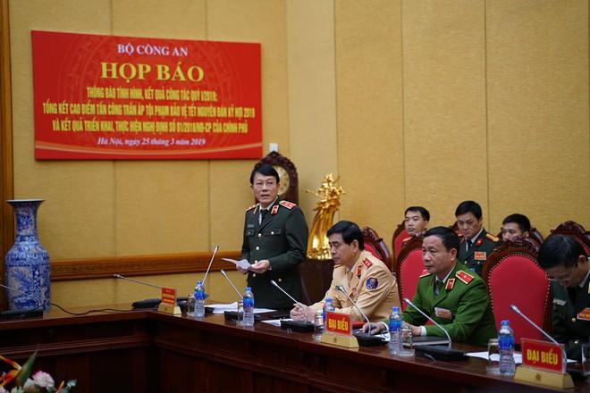 Tướng Lương Tam Quang nói vụ chùa Ba Vàng: Nếu có dấu hiệu vi phạm sẽ xử lý nghiêm - Ảnh 1.