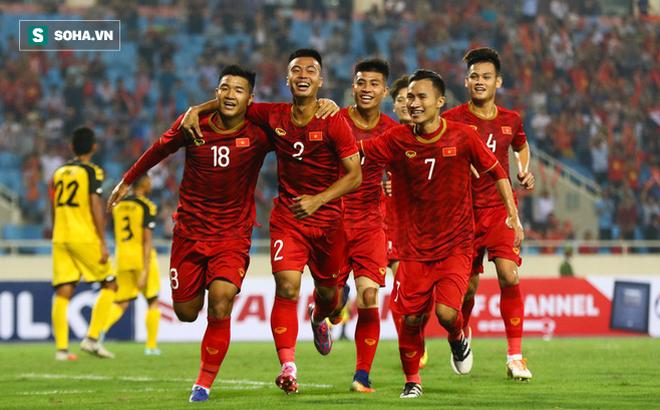 Việt Nam thắng trận lịch sử trước U23 Thái Lan, sự phấn khích tràn ngập khắp mạng xã hội