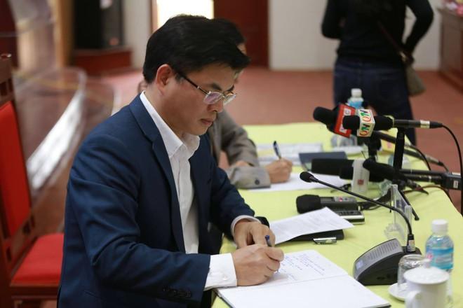 Quảng Ninh họp báo vụ chùa Ba Vàng: Đang thẩm định phát ngôn xúc phạm cô gái giao gà để xử lý theo luật - Ảnh 9.