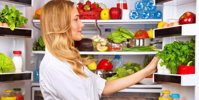 Ăn dưa hấu để trong tủ lạnh, bị cắt 70 cm ruột: Lỗi sai nghiêm trọng ai cũng cần cảnh giác - Ảnh 2.