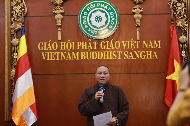 Đại đức Thích Trúc Thái Minh, trụ trì chùa Ba Vàng bị đề nghị tạm đình chỉ mọi chức vụ - Ảnh 1.