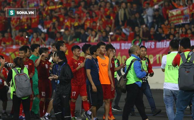 """Cựu cầu thủ Quốc Vượng: Chơi như tối qua, Việt Nam """"chiến"""" Nhật Bản cũng được!"""