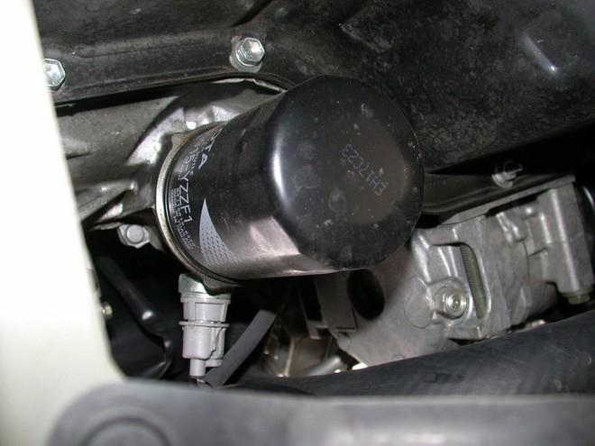 Những lý do khiến bạn cần phải xúc rửa động cơ ô tô - Ảnh 1.