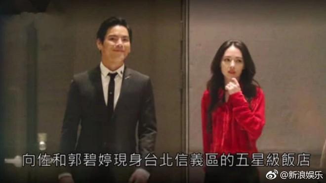 Bạn gái tin đồn của Seungri được con trai trùm showbiz Hong Kong cầu hôn, nhẫn kim cương khủng lộ diện - Ảnh 1.