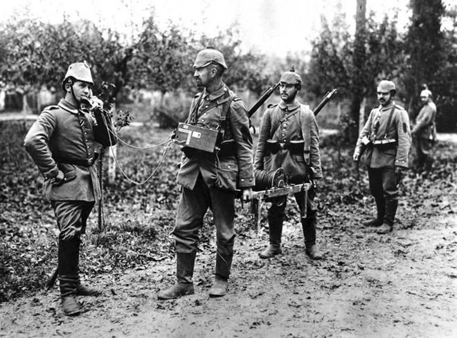 Ảnh hiếm về các loại vũ khí và công nghệ sử dụng trong Thế chiến I - Ảnh 12.