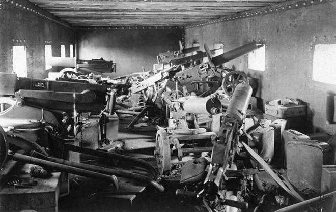 Ảnh hiếm về các loại vũ khí và công nghệ sử dụng trong Thế chiến I - Ảnh 3.