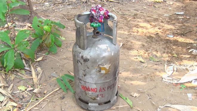 Người đàn ông chết cháy trong căn nhà hoả hoạn, nằm cạnh bình gas đã mở van - Ảnh 2.