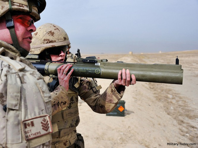 """Súng chống tăng M72 LAW - """"bùa hộ mệnh"""" của quân tiên phong Mỹ - Ảnh 1."""
