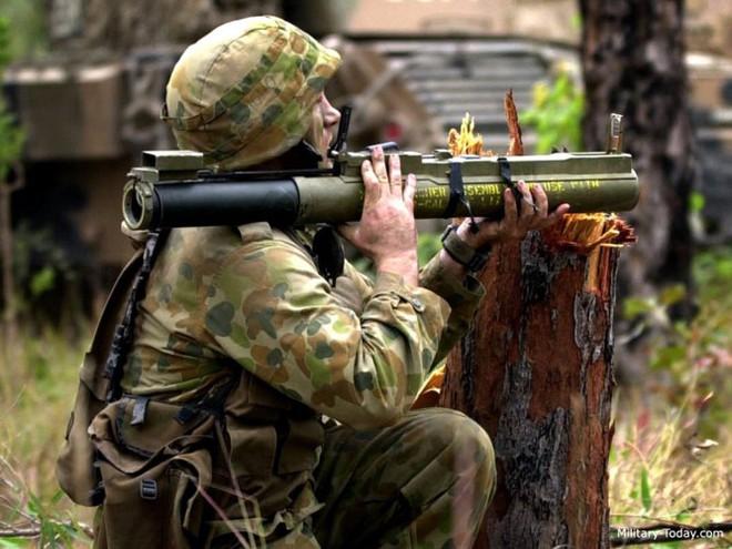 """Súng chống tăng M72 LAW - """"bùa hộ mệnh"""" của quân tiên phong Mỹ - Ảnh 2."""