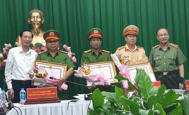 Tướng Phan Anh Minh thông tin vụ bắt 900 bánh ma túy ở TPHCM - Ảnh 2.