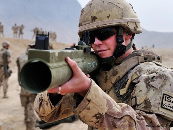 """Súng chống tăng M72 LAW - """"bùa hộ mệnh"""" của quân tiên phong Mỹ - Ảnh 9."""