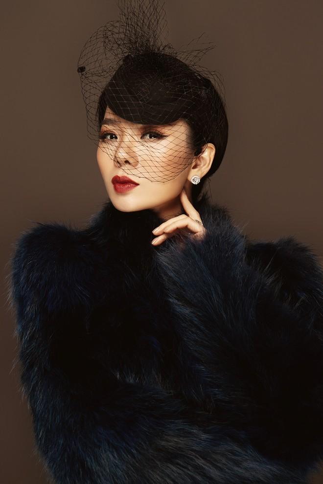 Lệ Quyên trở lại Hà Nội, hát ở lounge triệu đô - Ảnh 1.