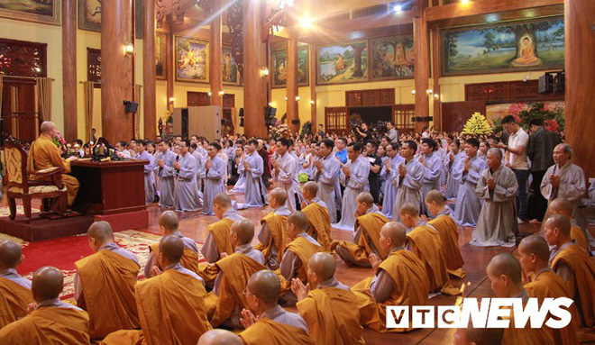 Đại đức Thích Trúc Thái Minh xin lỗi nhân dân, phật tử sau khi chùa Ba Vàng truyền bá vong báo oán - Ảnh 2.
