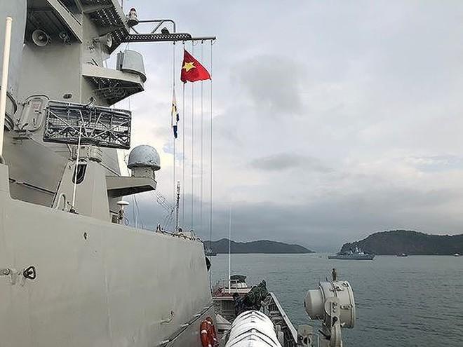 Cận cảnh dàn máy bay, tàu chiến khuấy đảo Triển lãm LIMA-2019 - Ảnh 16.