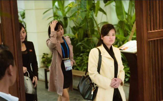 Đoàn Triều Tiên bất ngờ muốn thử mắm tép khi ăn trưa tại Hà Nội