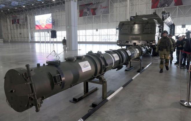 Lầu Năm Góc: Hai quả tên lửa mới của chúng ta sẽ đưa Nga lên nóc tủ - Ảnh 1.