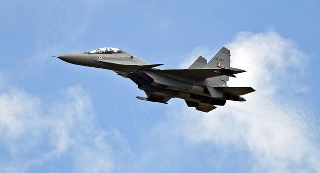 Su-30MKI Ấn Độ gài bẫy, Không quân Pakistan dính cú lừa ngoạn mục! - Ảnh 1.
