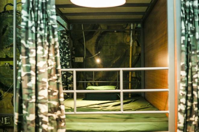 Bên trong Hostel phong cách dã chiến hút khách ngoại ở phố cổ Hà Nội - Ảnh 5.