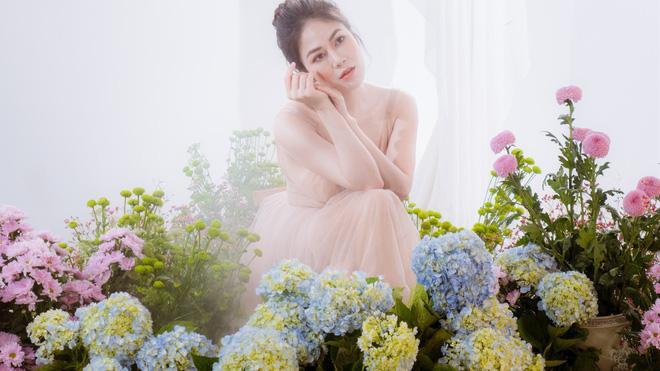 Tuyết Nga tung MV mới trước khi sang Singapore tham dự Hoa hậu Áo dài Việt - Ảnh 2.