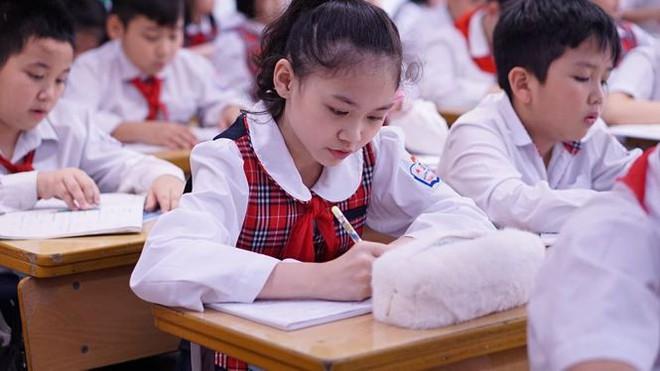 Đột nhập lớp học hai cao thủ tặng hoa Chủ tịch Kim Jong-un - Ảnh 14.