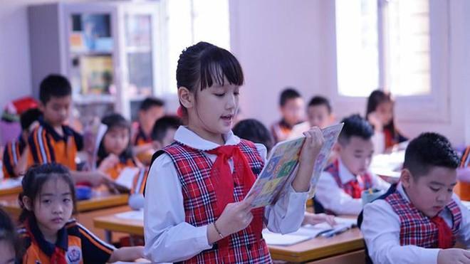 Đột nhập lớp học hai cao thủ tặng hoa Chủ tịch Kim Jong-un - Ảnh 7.
