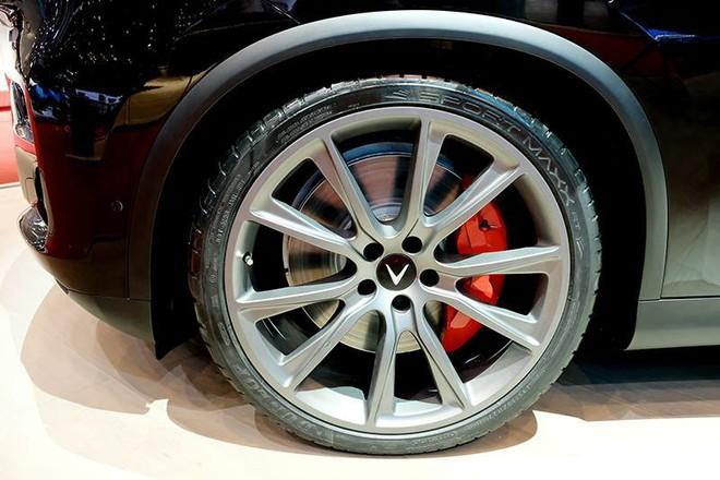 Lộ hình ảnh của mẫu ô tô VinFast sẽ đem đến Geneva Motor Show 2019 - Ảnh 8.