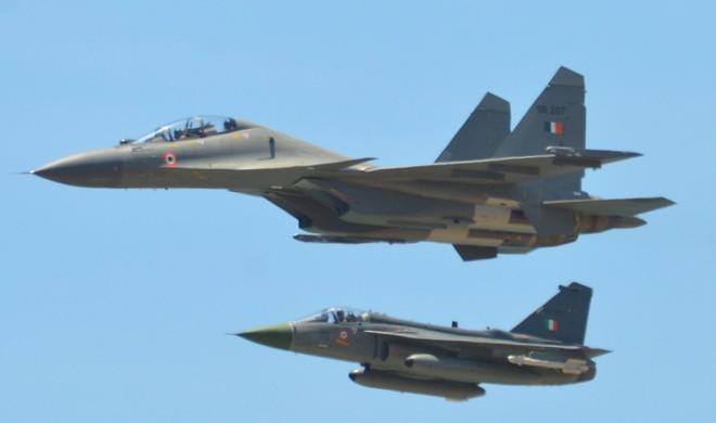 Tiêm kích Su-30MKI Ấn Độ rất mạnh: Kẻ nào dám thách thức? - Ảnh 1.