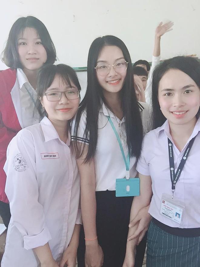 Info cô giáo thực tập người Lào được học trò rần rần share nhau - Ảnh 2.