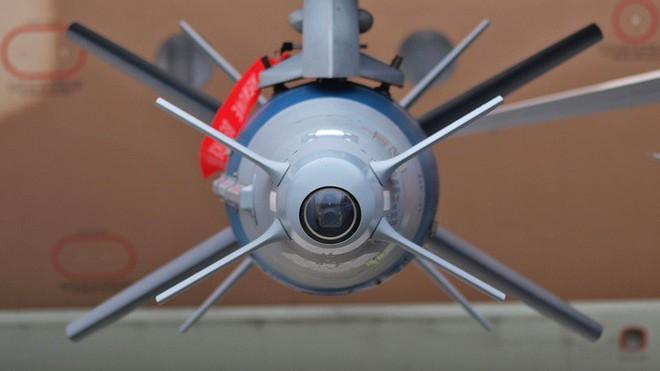 Bom điều khiển Israel của Ấn Độ bị sai lệch nghiêm trọng - Hoàn toàn trượt mục tiêu - Ảnh 6.