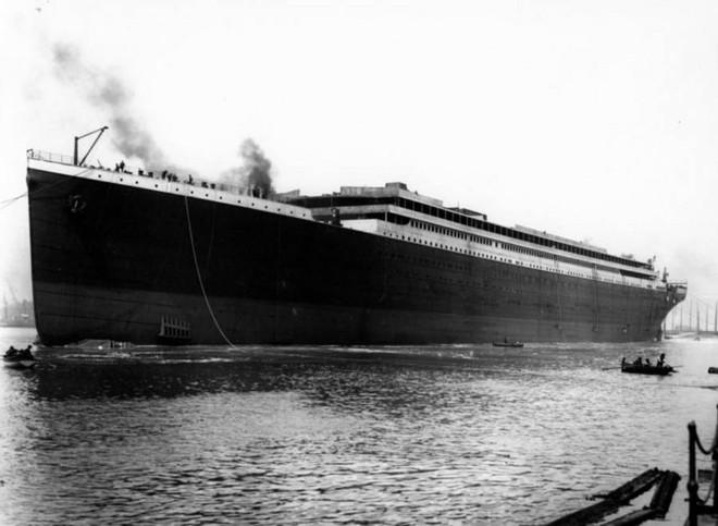 Những bức ảnh chưa từng công bố về vụ chìm tàu Titanic thảm khốc - Ảnh 1.
