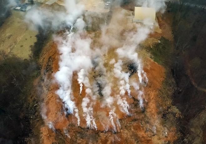 Ngọn lửa địa ngục cháy 7 tháng không tắt này là bài học lớn về sự vô trách nhiệm của con người - Ảnh 1.
