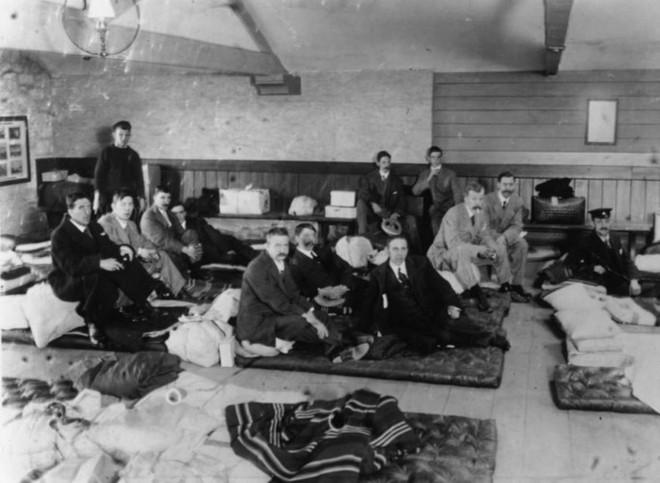 Những bức ảnh chưa từng công bố về vụ chìm tàu Titanic thảm khốc - Ảnh 12.