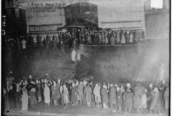 Những bức ảnh chưa từng công bố về vụ chìm tàu Titanic thảm khốc - Ảnh 14.