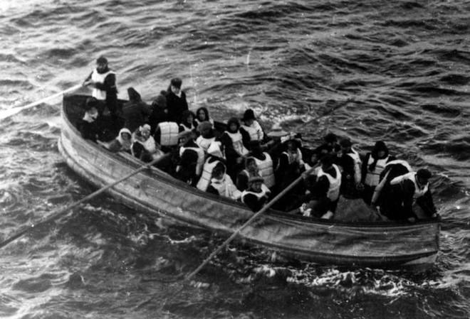 Những bức ảnh chưa từng công bố về vụ chìm tàu Titanic thảm khốc - Ảnh 8.