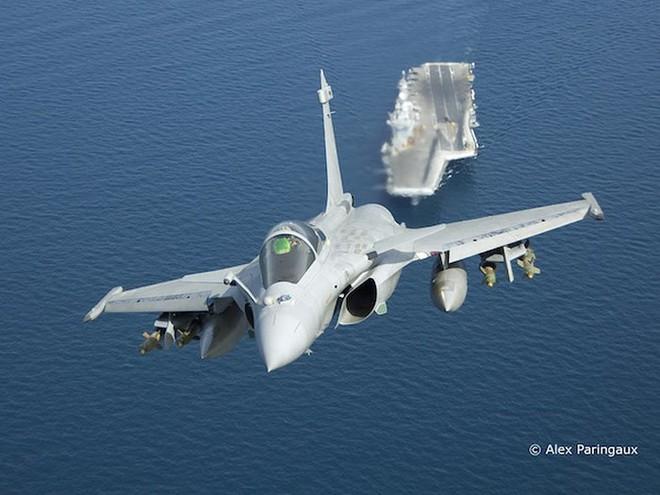 Tàu sân bay Pháp đã tới Syria để thay chân Mỹ thiết lập vùng cấm bay? - Ảnh 3.