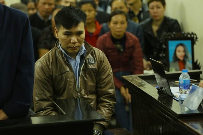 Nam ca sỹ Châu Việt Cường khai cho bạn gái ăn nhiều tỏi là do cẩu thả, việc H chết là ngoài ý muốn - Ảnh 2.