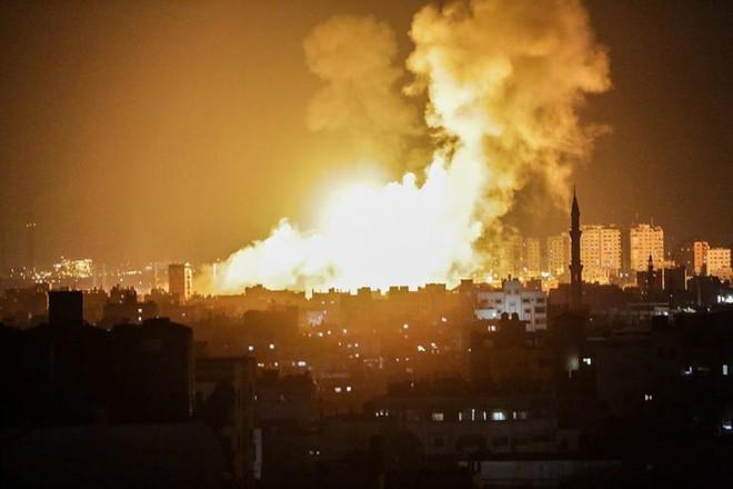 Không quân Israel dồn dập tấn công, dìm Hamas trong biển lửa - Ảnh 3.