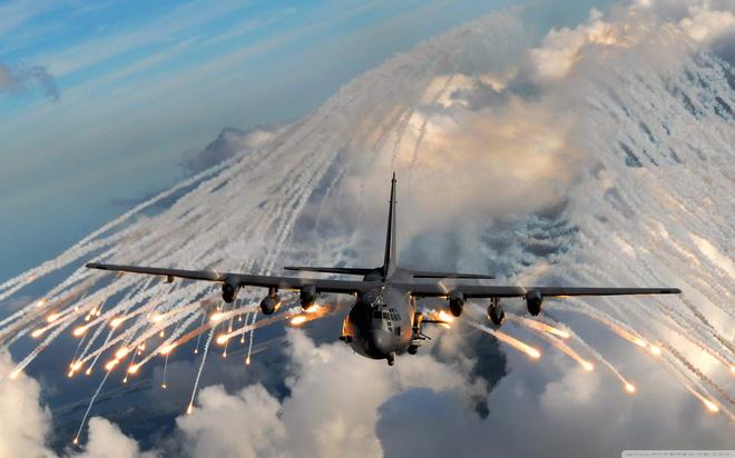 So sánh MiG-21 và F-16: Chiến đấu cơ đời cũ của Ấn Độ có thực sự bắn hạ hàng xịn của Pakistan? - Ảnh 1.