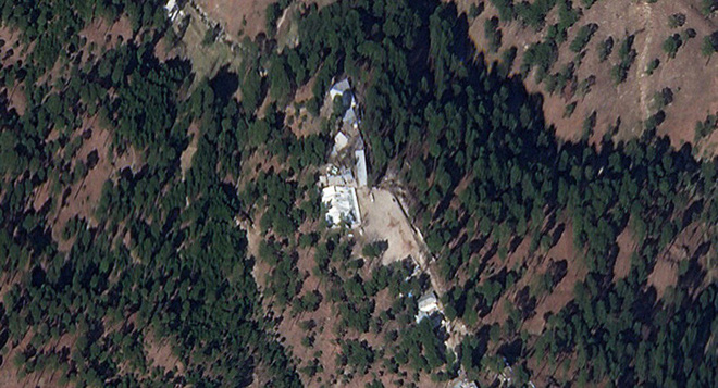 Ấn Độ lộ sơ hở vụ bắn hạ F-16, không kích Pakistan: Loạt phóng viên quốc tế tung bằng chứng - Ảnh 4.
