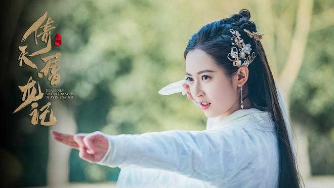 Dàn cast Tân Ỷ Thiên Đồ Long Ký 2019: Người vướng tin đồn thẩm mỹ, kẻ lộ ảnh qua đêm cùng gà cưng Triệu Lệ Dĩnh - Ảnh 8.