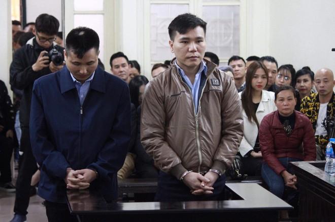 Hình ảnh ca sĩ Châu Việt Cường xuất hiện tại tòa sau 1 năm tạm giam - Ảnh 7.